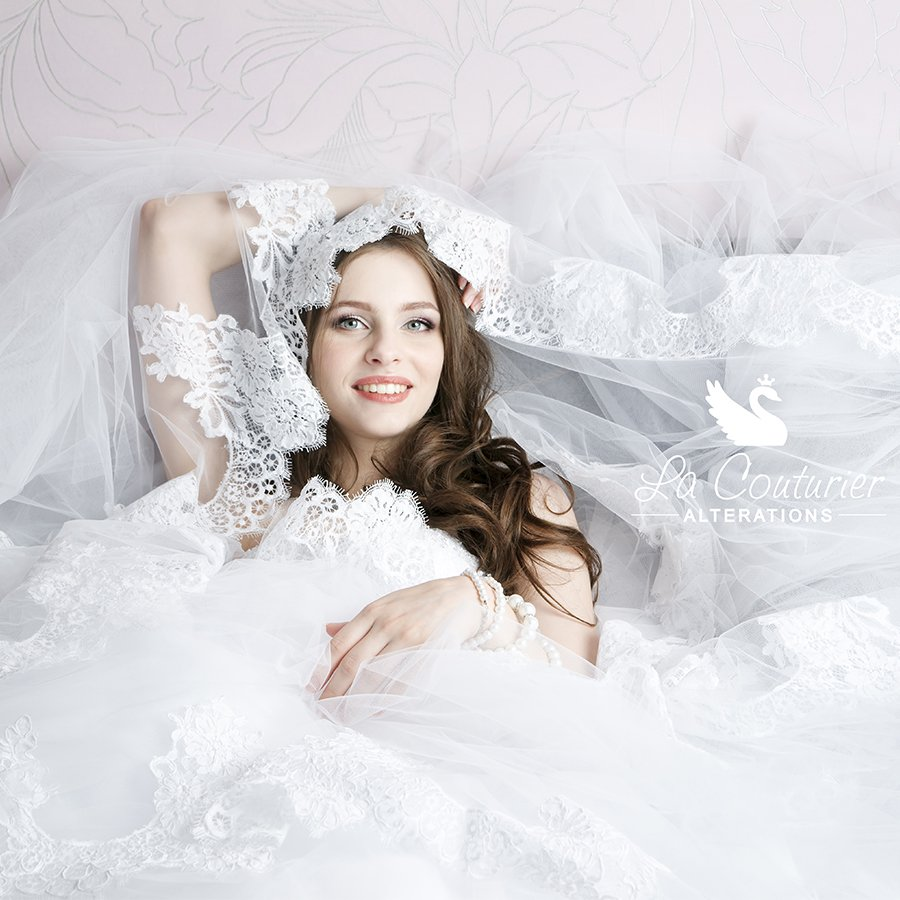 Buy your wedding dress online or from a retailer?